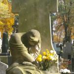 Randka na cmentarzu zwiastuje jedynie smutek i nieszczęście